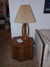 MCM LAMP AND TABLE