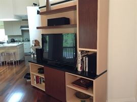 Another picture with middle shelf concealed by gliding door.