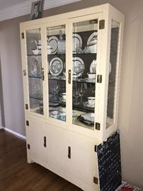 CREAM CHINA CABINET WITH BRASS ACCENTS