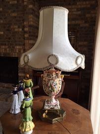 Capodimonte lamp, has appraisal