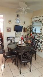 new with tags kitchen table and chair set