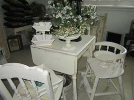 Drop leaf table and two chairs - misc. wooden decorations