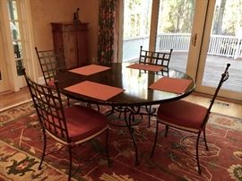'Charleston Forge' round dining table w/ (6) metal and rush seat chairs