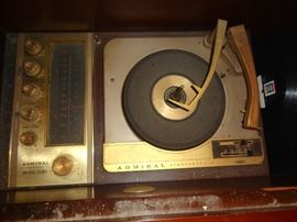 Admiral stereophonic turntable