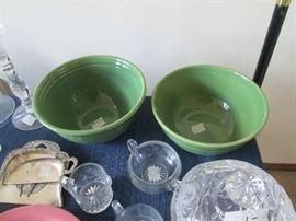 Bauer bowls