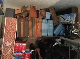 Sears Hardcase Set. High End Hartman Luggage