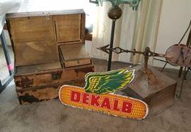 Fabulous small trunk, Dekalb Corn sign, a better look at the cupula.