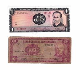 1972 Banco Central De Nicaragua Serie C 100 Cordobas Bill, 1972 El Banco Central De Reserva De El Salvador Serie RK Un Colon Bill, And Bill Sleeves