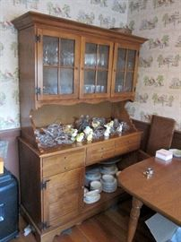 Colonial Style China Cabinet Hutch
