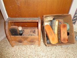 Vintage shoe shine equipment