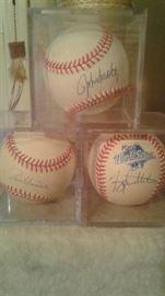 """John Sholtz , Hall of Fame signed """"91"""", Terry Pendleton NL MVP 1991  world series signed ball. Tom Glavine Hall of fame signed Ball 1991"""