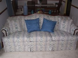 Matching Broyhill couch.