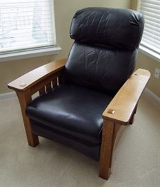 1991 Signed Stickley Oak and Leather Morris Chair
