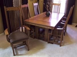 1990s Stickley Style Oak Dinning Suite