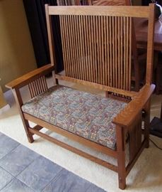 1995 Signed Stickley Oak Settee With Arms