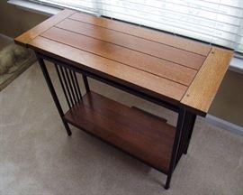 1991 Signed Stickley Oak Davenport Table