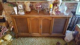 Radio/Stereo Maple Cabinet Circa 1960's.