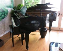 "Kawai G3 40 Ebony Grand Piano w/ Player System.       6' 1"""