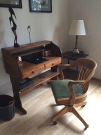 Swivel Wooden Desk Chair
