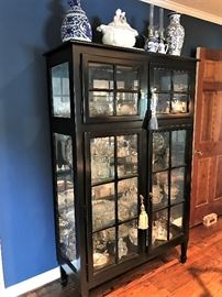 Beautiful Showcase - Lighted Cabinet