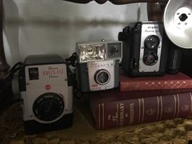 Vintage cameras include a Brownie Bull's Eye, Brownie Starmite II and a Argus Seventy Five