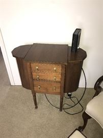 SEWING CABINET WITH DRAWERS AND LIFT-UP SIDES