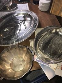 SILVER-PLATED PLATTERS