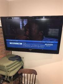 SAMSUNG LARGE FLATSCREEN TV