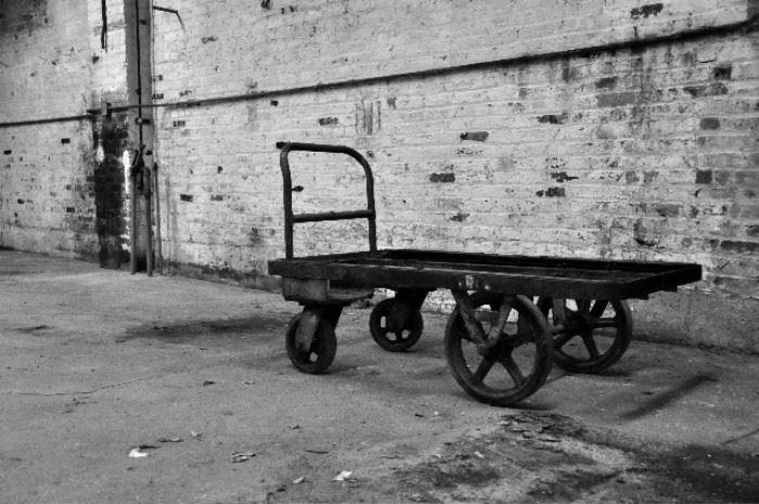 Heavy-duty industrial cart