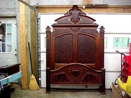 WALNUT BED IN EXCELLENT CONDITION