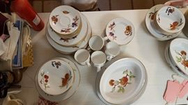 Royal Worcester, Evesham. There are 2 sets of dishes along with extras
