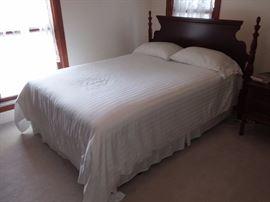 Antique Full Bed