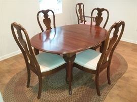 Cherry Dining Table & 6 Chairs + 2 Leaves