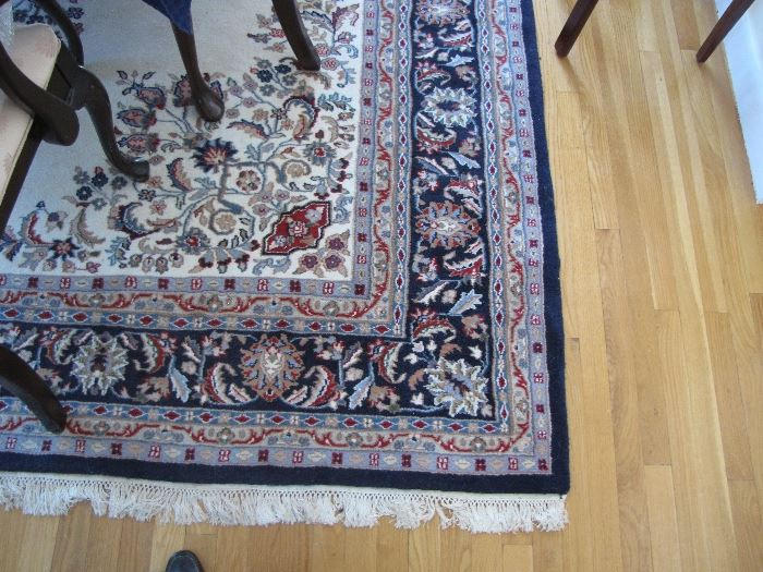 Oriental-style rug - room size - beautiful condition