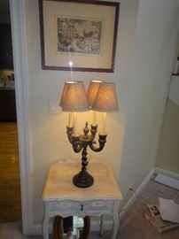 White washed Table with lamp