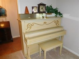 Circa 1910 Warren piano