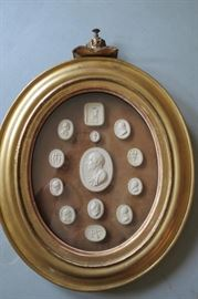 Early 19th C Grand Tour Intaglio Cameo Framed Collection Oval Gilt Frame W/Crown