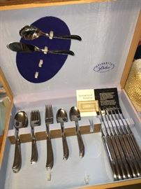 Vintage Everbrite Flatware set