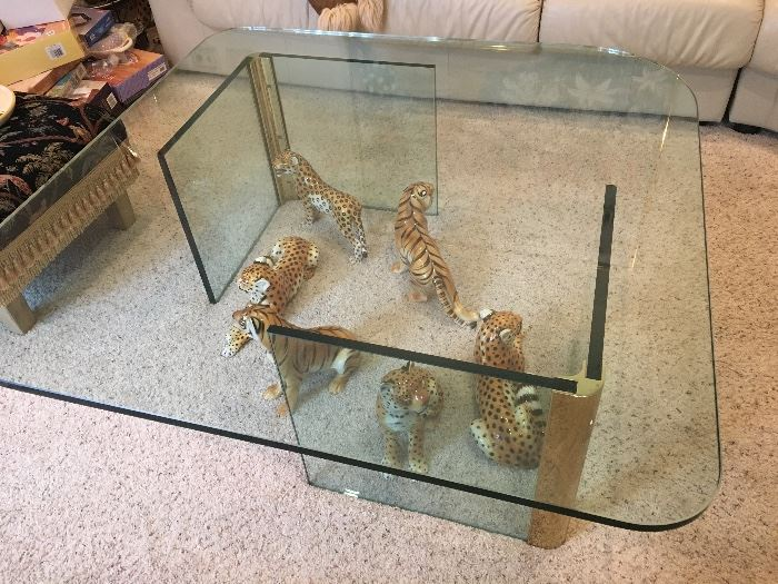 Glass cocktail table & family of tigers