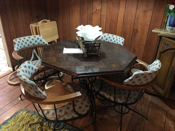 Parquet top card table & chairs