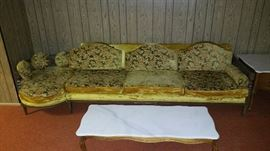 Vintage Couch - this would be a GREAT piece to reupholster!