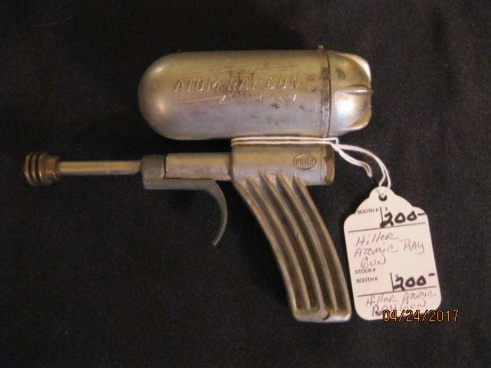 Hiller Atomic Ray Gun