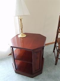 Statton end table