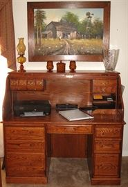 """Winners Only Inc. Solid Oak Rolltop Computer Desk.  Center drawer is a pull out keyboard tray.  Excellent condition.  (54""""W x 49""""H x 29""""D)"""