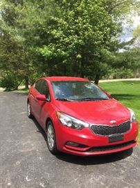 2014 Kia Forte 63,000 miles. LEATHER, CLEAN , NON SMOKER , 1 OWNER, NO ACCIDENTS