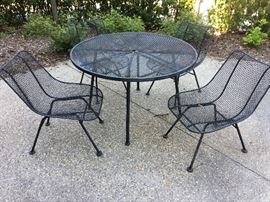 RUSSELL WOODARD DINING SCULPTURA CHAIRS AND TABLE