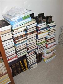 LOTS OF ASSORTED BOOKS