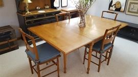 Maple Dining Table with 8 Chairs and 5 leaves