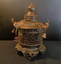 Vintage cast iron Pagoda
