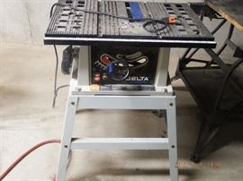 "Delta Shopmaster 10"" Motorized Bench Saw $ 100.00 off/on switch not working but does work"